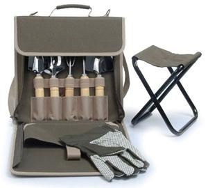 Picnic beyond the terrace carrier gardening bag with tools for Small garden tool carrier