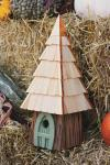 Heartwood 195A Lord of the Wing Bird House - Moss Green